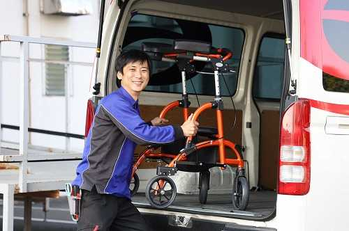 介護用品をお客様へお届けする物流サービスを行っています。